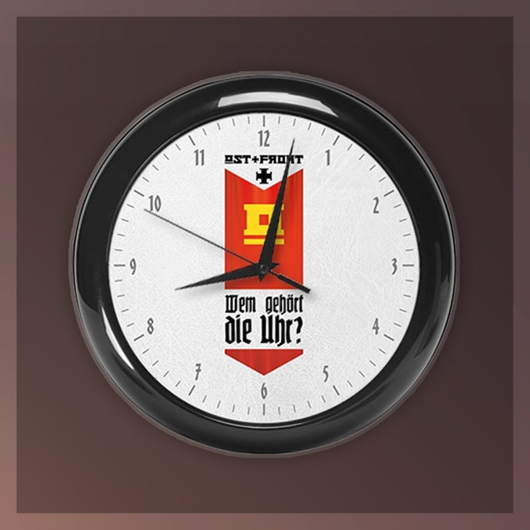 Ost+Front - Wem gehört die Uhr - Wanduhr/Wall Clock